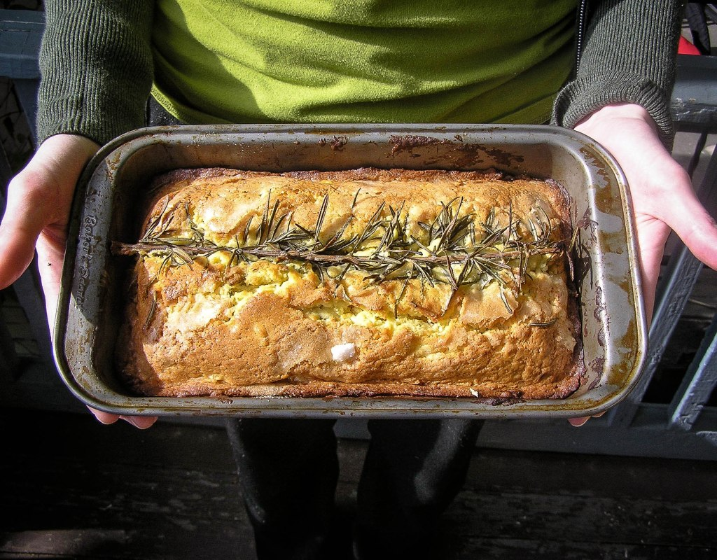 The original rosemary cake