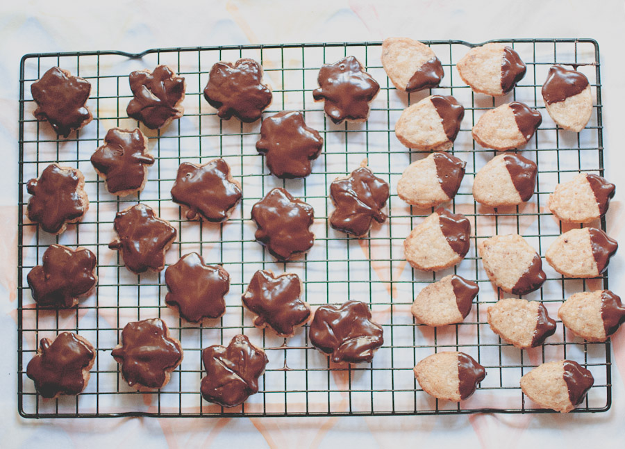 Coconut.chocolate.cookies.4