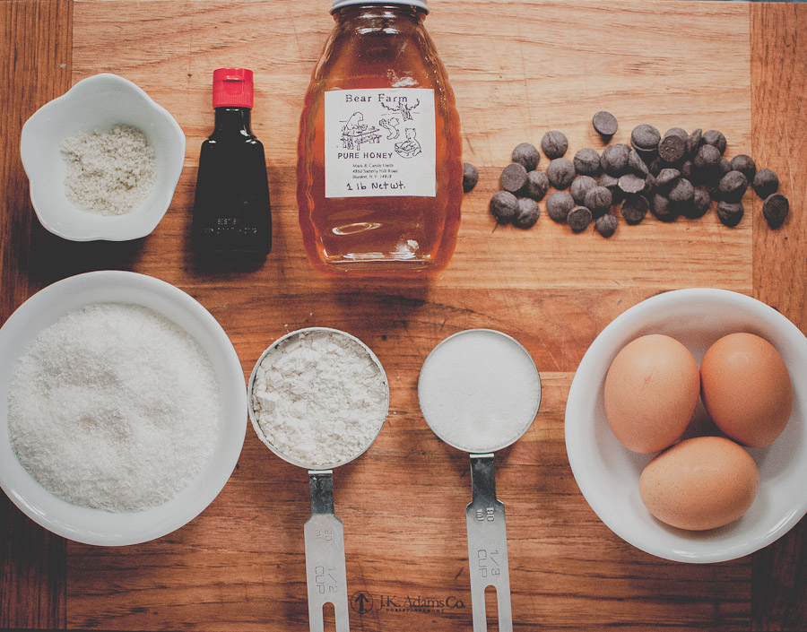 Sea salt, vanilla, honey, dark chocolate, eggs, sugar, flour, shredded unsweetened coconut